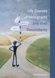 Life courses of immigrants and their descendants